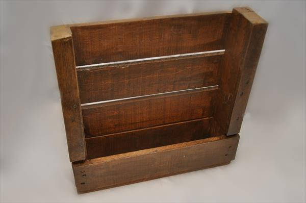 restored pallet shelf