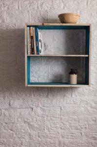 Salvaged Pallet Shelf: DIY