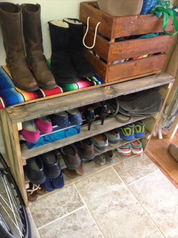 diy rustic pallet shoes rack