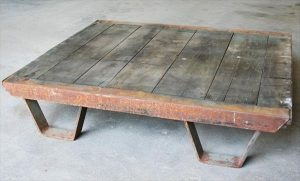 recycled pallet metal table