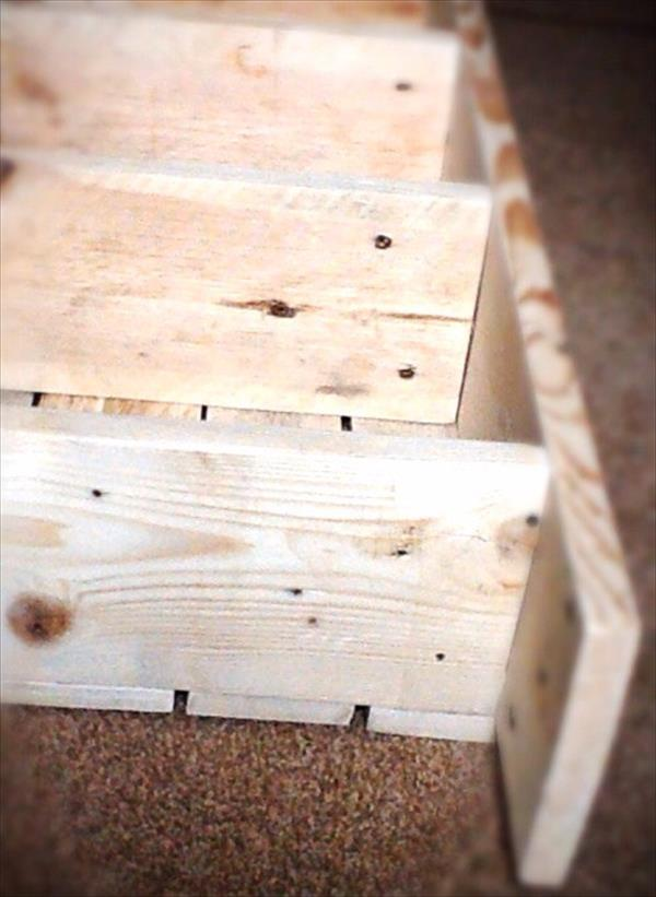 rustic pallet bookcase