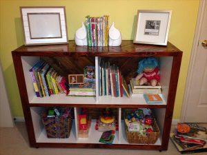 DIY Pallet Cabinet for Storage