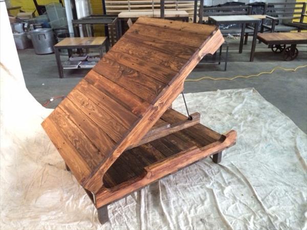 repurposed pallet hinged coffee table