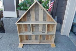 DIY Pallet Ideas: Doll House Plan