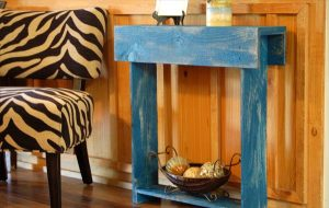 Small Pallet Entry Table DIY