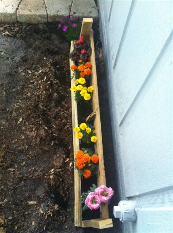 reclaimed pallet planter