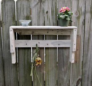 recycled pallet potting shelf