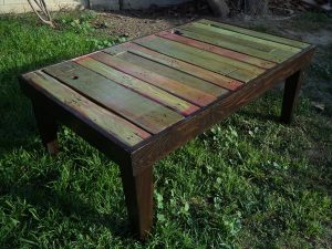 DIY Colorful Pallet Coffee Table