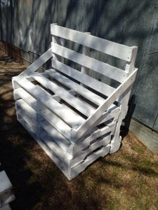 Upcycled Pallet Shabby Chic Bench