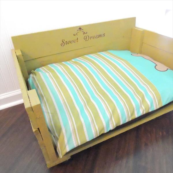 diy pallet dog bed