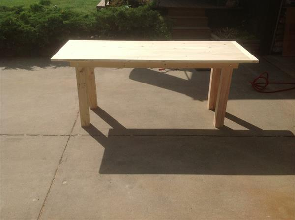 pallet-farmhouse-dining-table (2)