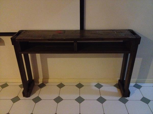reclaimed pallet hallway table and side table