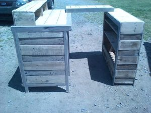 upcycled pallet hutch and ledge