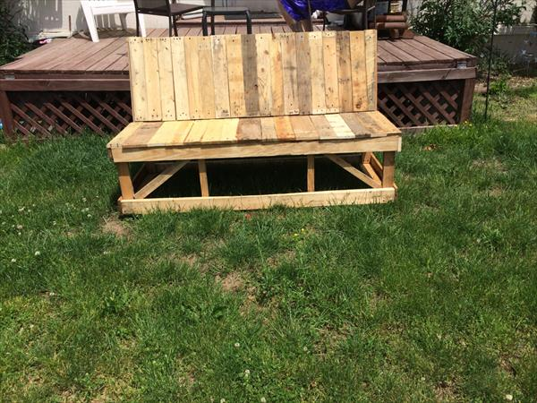 diy pallet patio bench