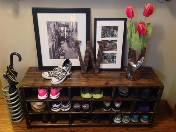 reclaimed pallet wood shoes rack