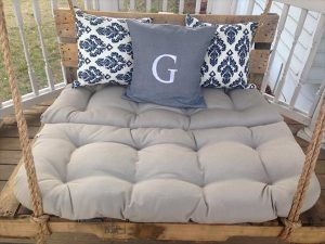 DIY Pallet Bed Porch Swing