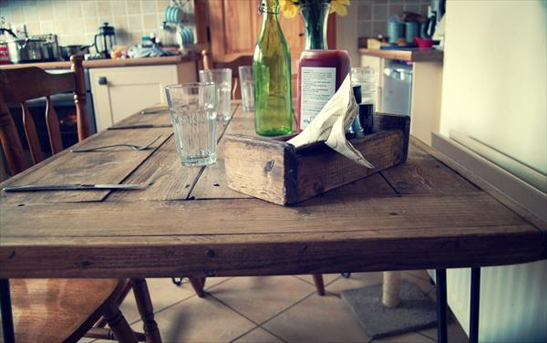diy rustic pallet dining table