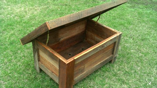 recycled pallet barn wood coffee table