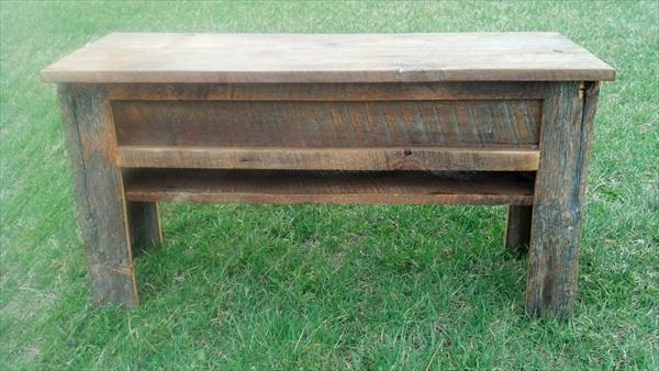 rustic pallet bench with storage
