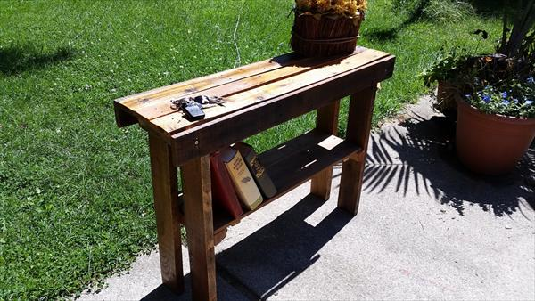 diy pallet entry way table