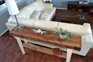 DIY Reclaimed Wood Sofa Table