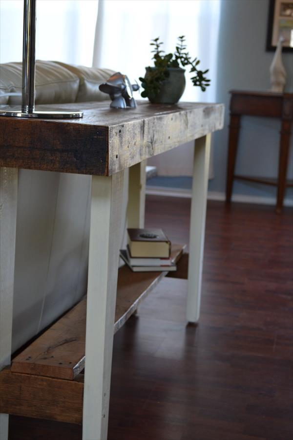 reclaimed pallet farmhouse sofa side table