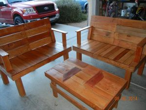 DIY Upcycled Pallet Patio Furniture