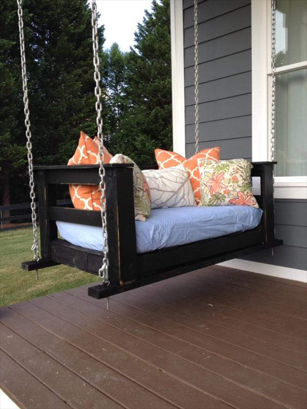 reclaimed pallet swing