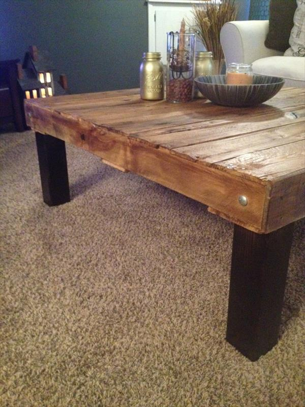 upcycled pallet wood coffee table