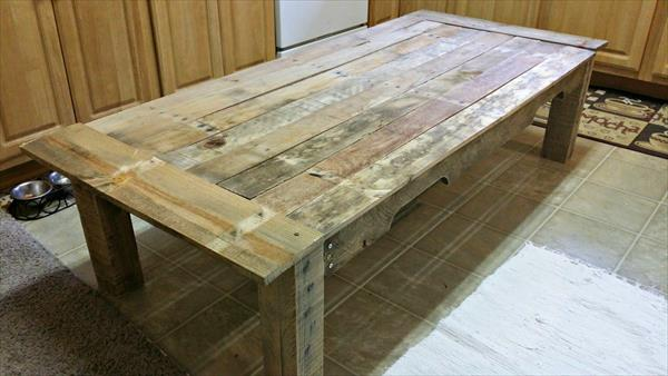 recycled pallet occasional coffee table