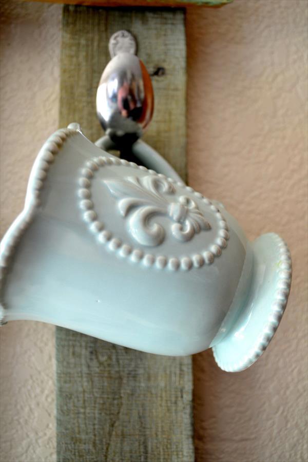 upcycled pallet mug rack