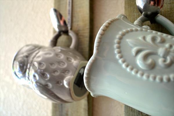 diy pallet mug rack with spoon hooks
