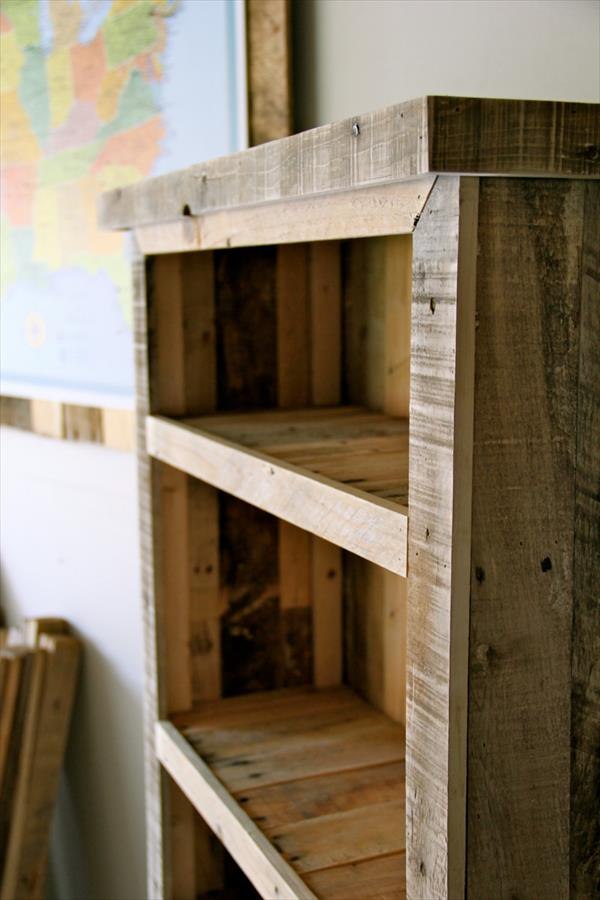 ... pallet red bookshelf diy pallet bookcase diy pallet bookshelves diy