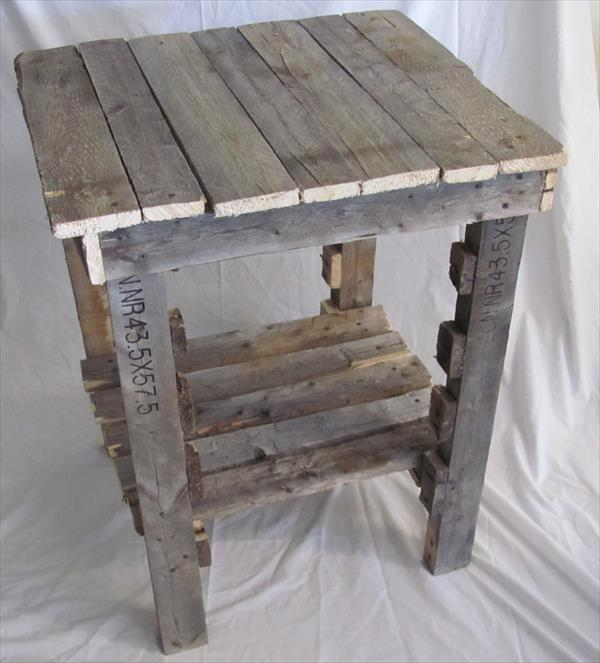 reclaimed pallet extra rustic side table