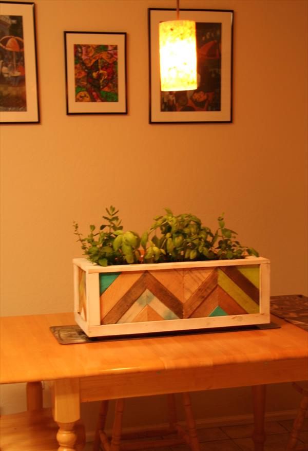 handcrafted pallet chevron planter