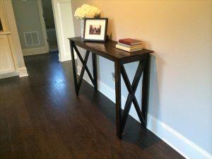DIY Pallet Hallway Table