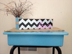 DIY Chevron Pallet Love Sign