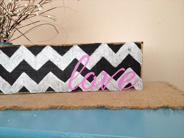 upcycled pallet love sign