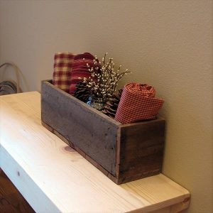 DIY Pallet Utensils Box / Pallet Organizer