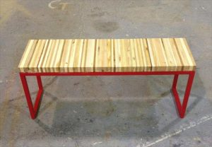 Recycled Pallet Wood Bench / Coffee Table