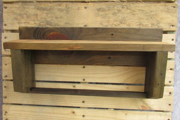 recycled pallet shelf and towel rack