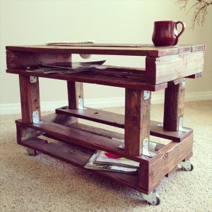 DIY Tiered Pallet Coffee Table