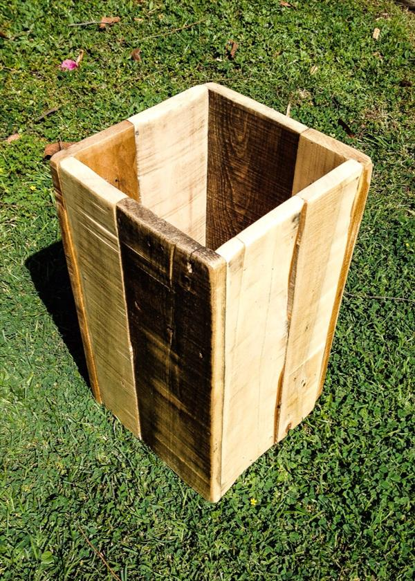 related posts diy wooden pallet trash bin diy pallet kitchen trash bin ...
