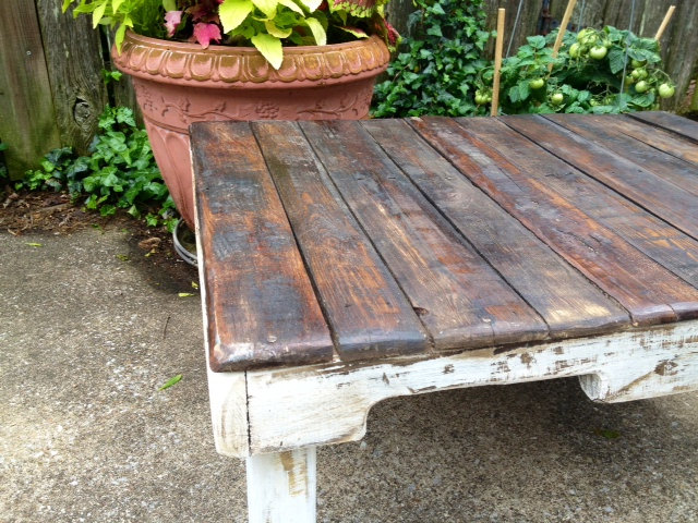 recycled pallet distressed coffee table