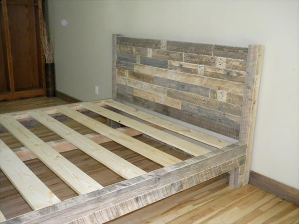 diy pallet king size bed furniture plans resurrected pallet bed frame - Diy King Size Bed Frame