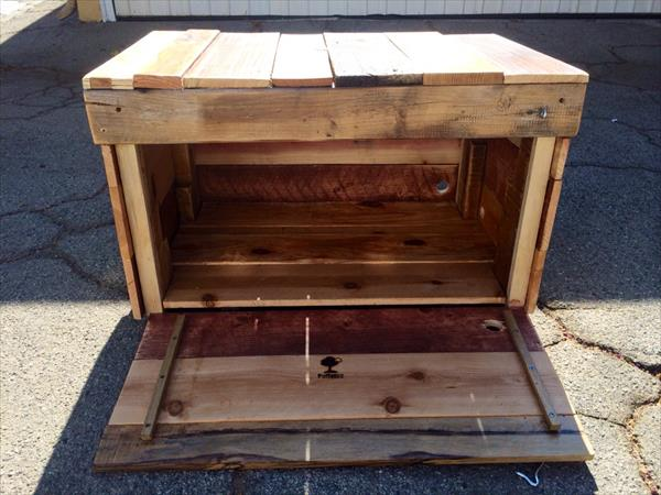 upcycled pallet chest front opening