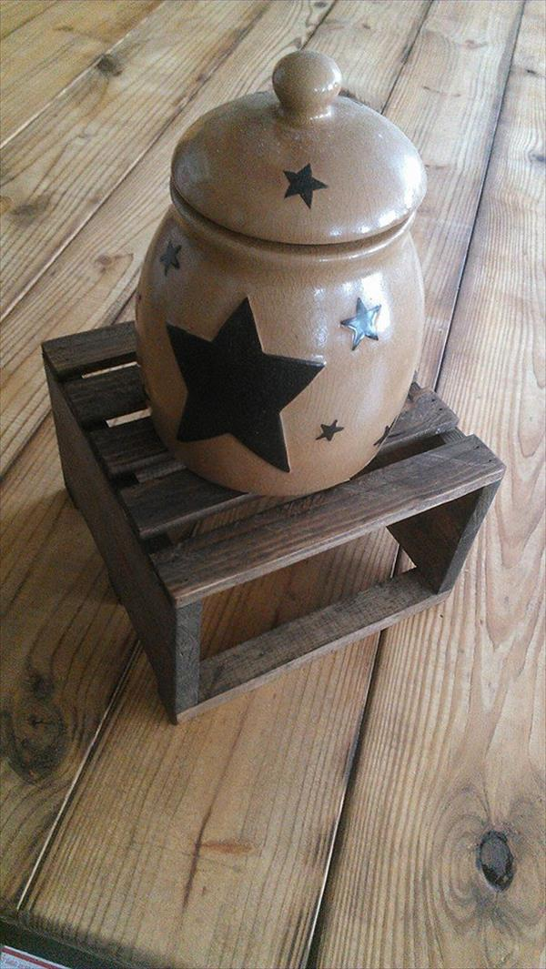 resurrected pallet table riser