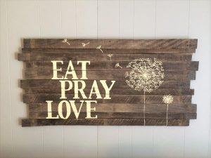 DIY Pallet Hand Painted Sign