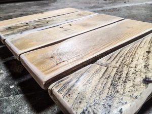DIY Wooden Pallet Shower Matt