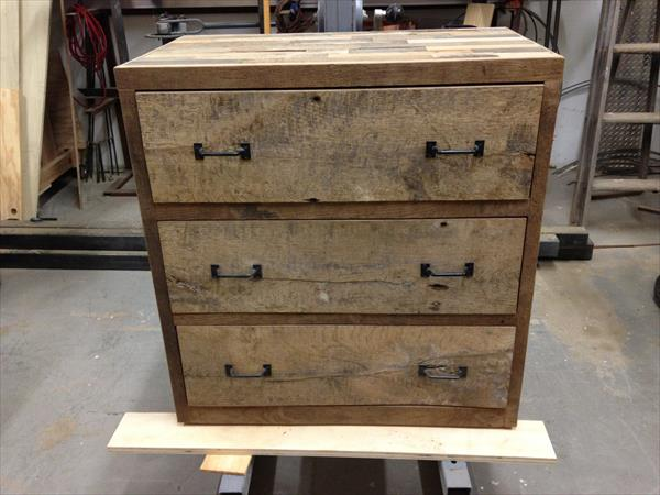 reclaimed pallet dresser and nightstand